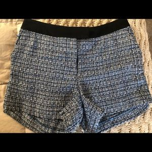 H&M tweed navy shorts w pockets, belt front size 4